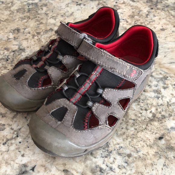 Stride Rite Other - Hiking sandal